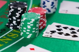 How To Choose An Appropriate Online Platform To Play Baccarat And Win Real Cash