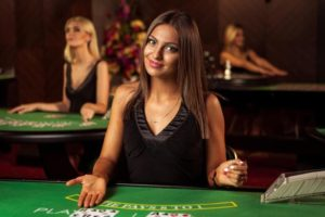 Playing Roma slot game