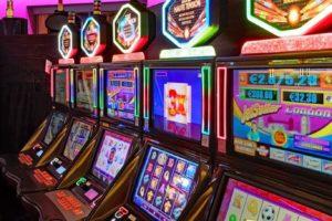 slot games at hollywood casino